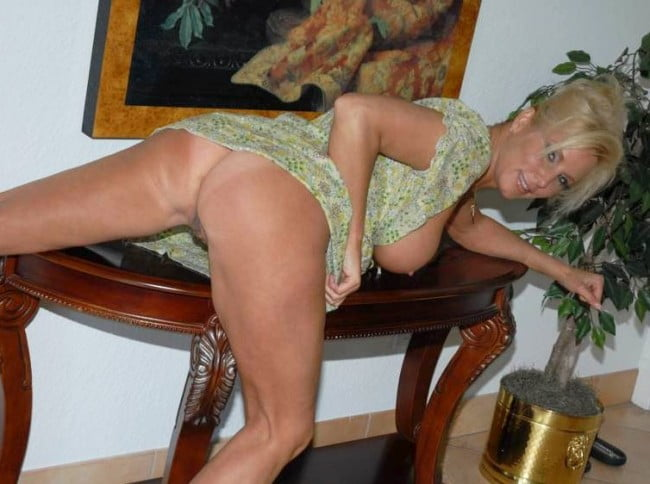 older housewife great body